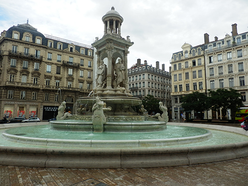 the Jacobins fountain